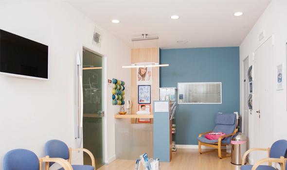 studio-dentistico-ballone-vomero-napoli-colli-aminei-sala-di-attesa